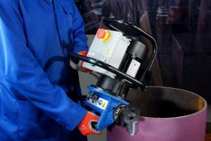 Снятие фаски с труб фаскоснимателем OMCA-760